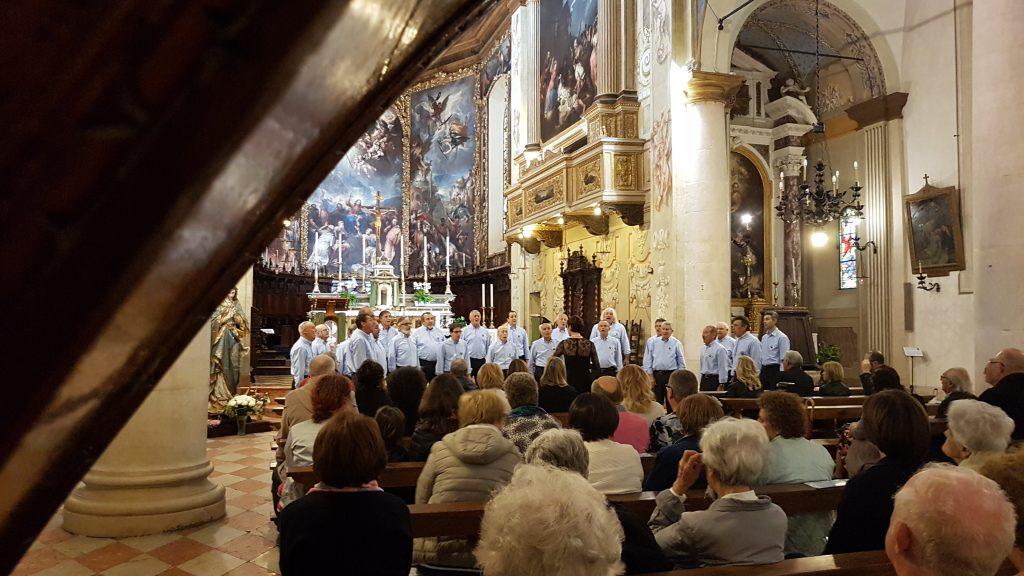 Coro Monte Pizzocolo diretto dalla M^ Laura Toselli